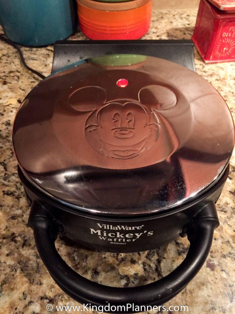 Kingdom_Planners_Disney_Mickey_Waffles-10small