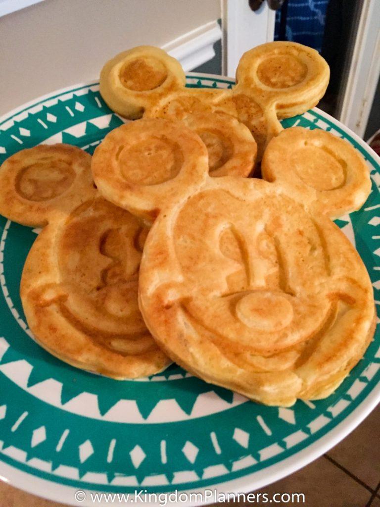Kingdom_Planners_Disney_Mickey_Waffles-15small