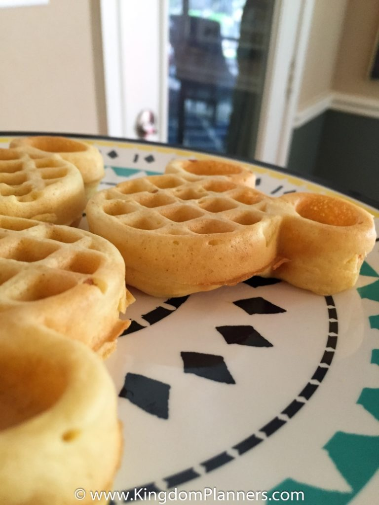 Kingdom_Planners_Disney_Mickey_Waffles-9small